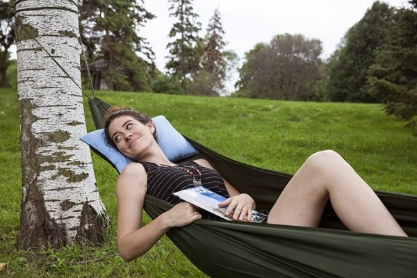 Jenna Ammerman maximizes the comfort of a hammock by adding the Editors' Choice winning NEMO Fillo to the mix.