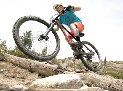 Our Editors Choice Award winning short the 100% Airmatic can do it all from XC to Enduro.