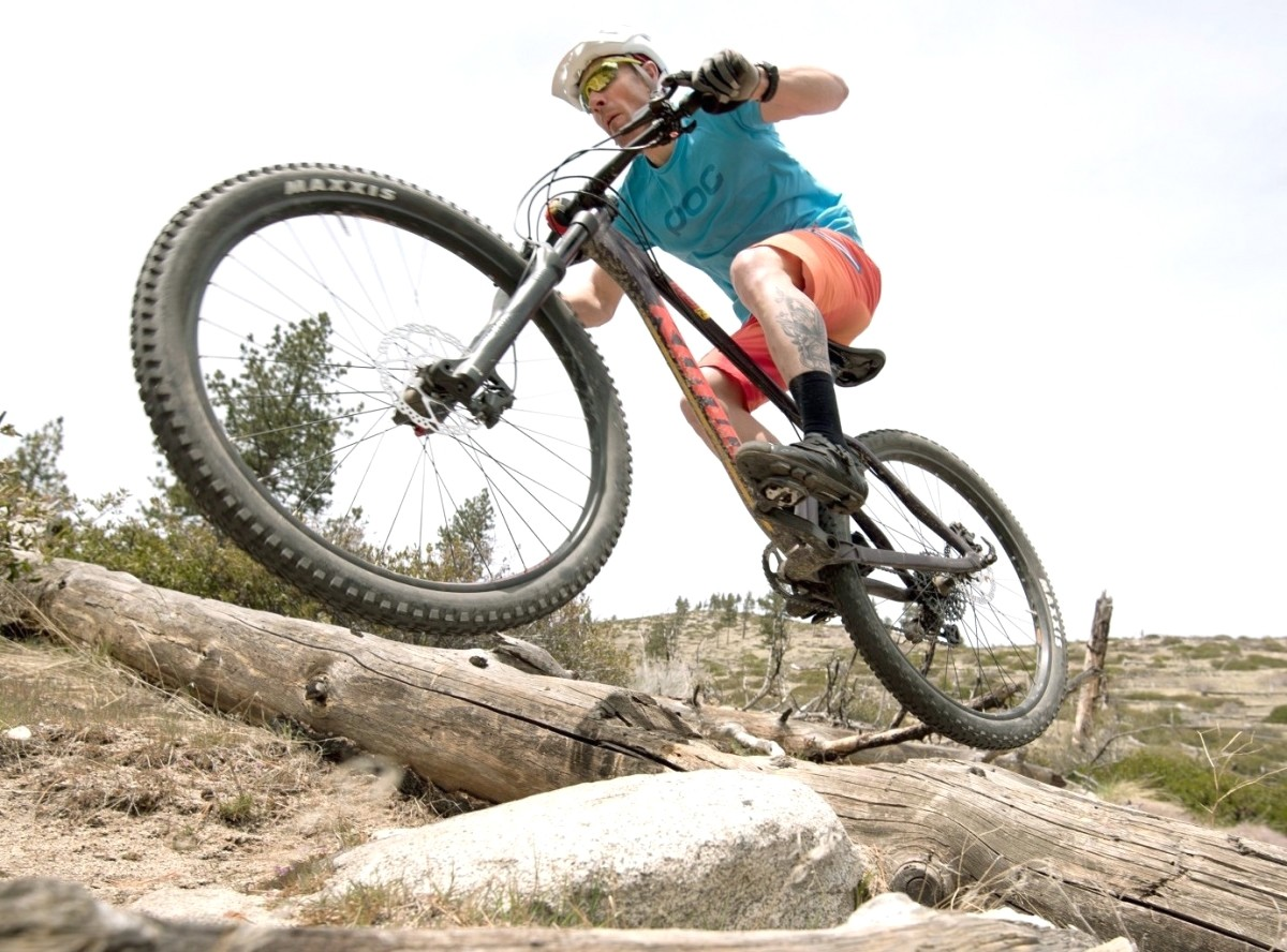 the best hardtail mountain bikes of 2017 outdoorgearlab. Black Bedroom Furniture Sets. Home Design Ideas